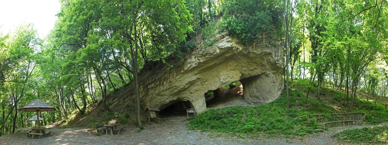 Beli Majdan Cave