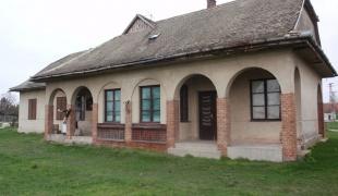 Kolut village